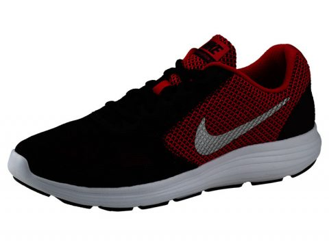 Nike Revolution m
